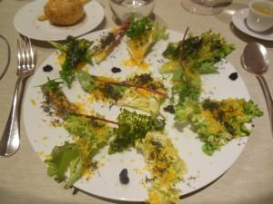Rett 1 Eggesalat med kaviar og sjøgress