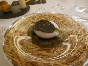 Rett 2 Råttent egg med sommertrøffel