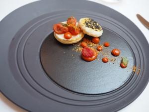 Rett 2: Tomat og basilikum