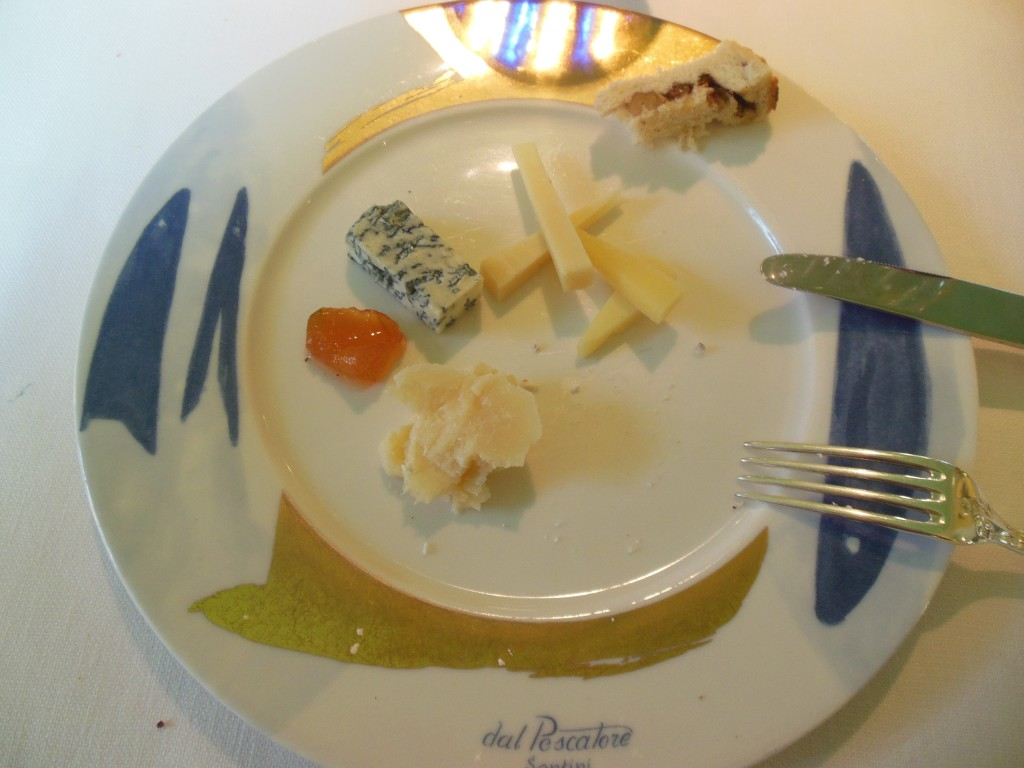 Rett 6: Gorgonzola, parmesan og provelone