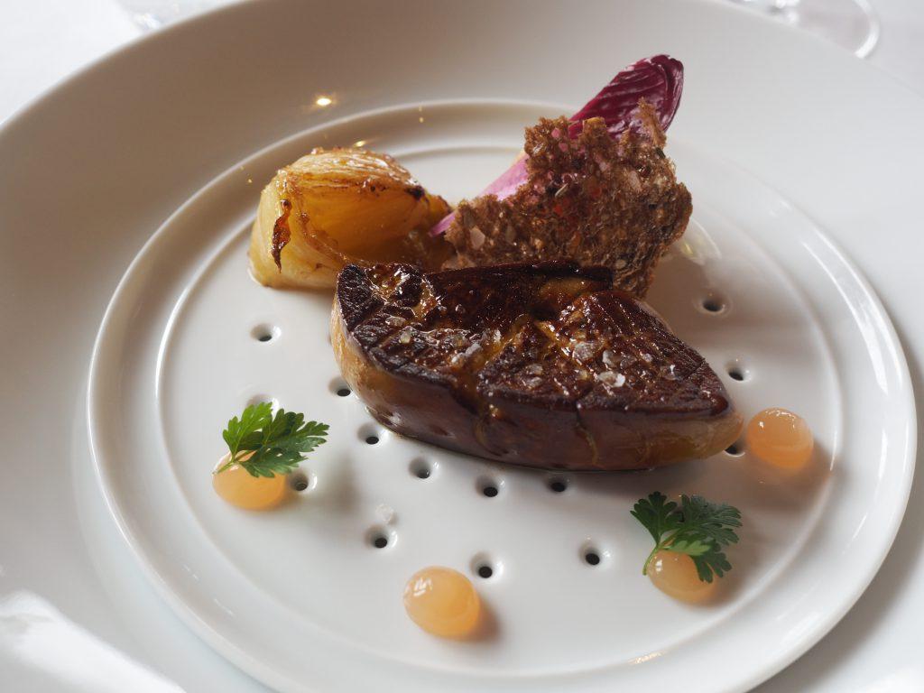 Foie gras, sikori og kvede