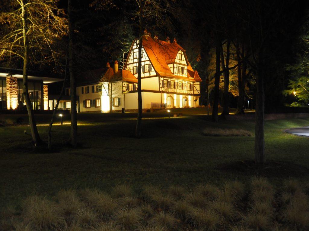Villa René Lalique i natten