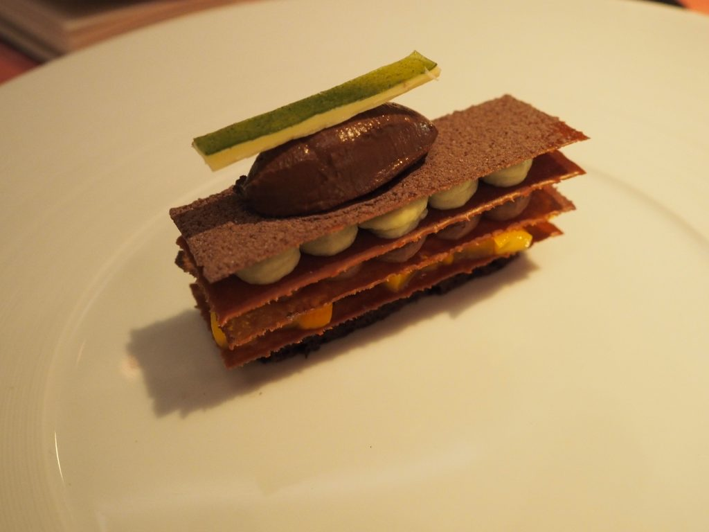Sjokolade, avokado og mango