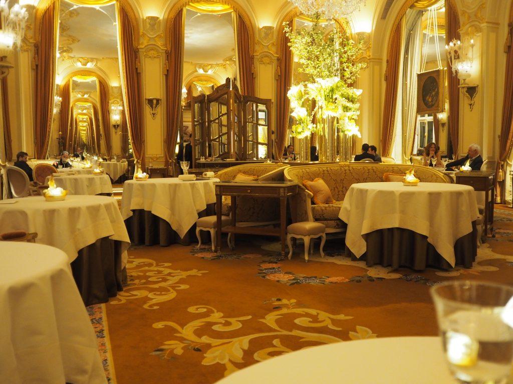 Spisesalen på La Table de l'Espadon